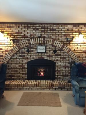 Travis 34 DVL Gas Insert With Arch Panels, Rosario Face And Firebrick Fireback