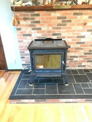 Hearthstone Heritage Wood Stove Matte Black With Polished